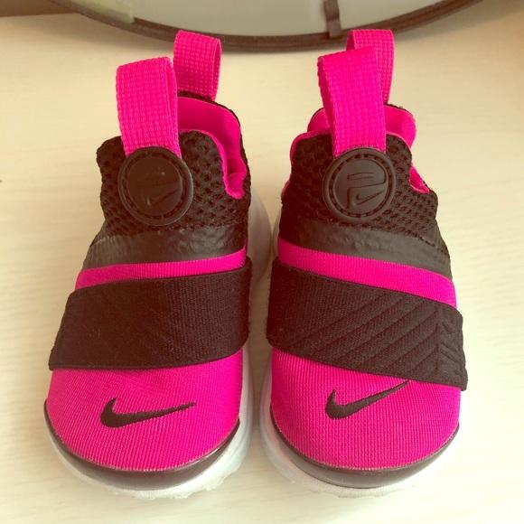 63783a597e Nike Presto Toddler Girl 4C. M_5afdefb95521be55a975d24f